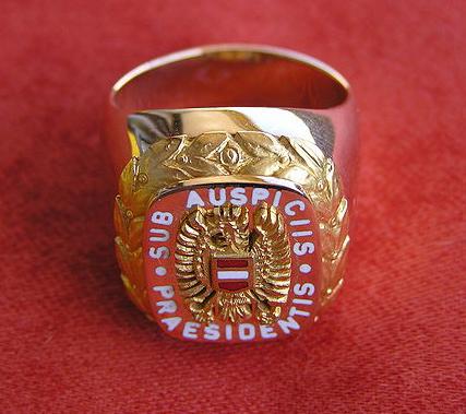 Sub auspiciis Promotion - Ehrenring 2te Republik